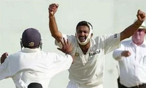 Kumble celebrating after dismissing Lara