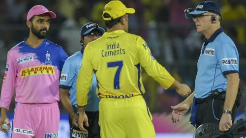 MS Dhoni was involved in an ugly umpiring dispute against RR