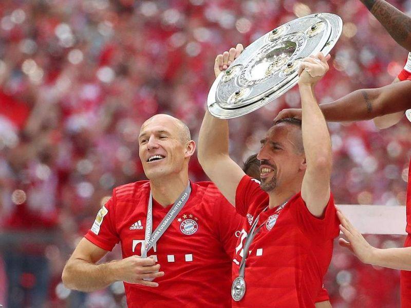 Robben and Ribery enjoy their final Bundesliga triumphs