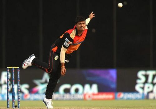 Karn Sharma's 3 / 17 in IPL 2014 is the best bowling performance