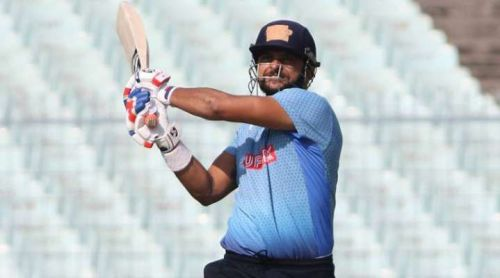 Ousted from the national side, a determined Raina brings his A game to the fore in a Vijay Hazare trophy. On this occasion, he pulls his way to 126*.