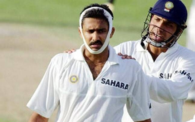 Kumble plays with a broken jaw