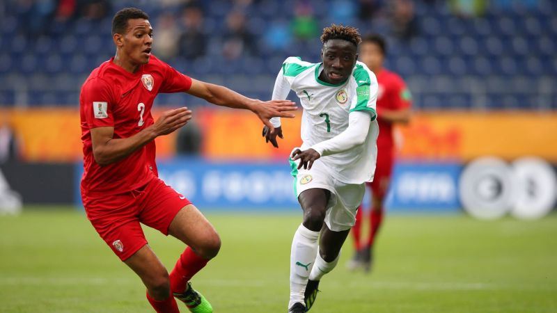 Tahiti defenders found it hard to stop the Senegalese forwards
