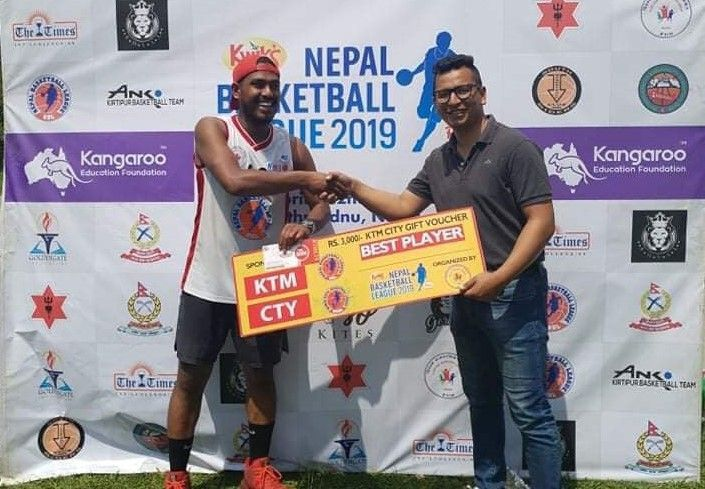 Saurav Shrestha (L) netted 50 points as his side Budhanilkantha Municipality Basketball Club defeated Kirtipur Basketball Club