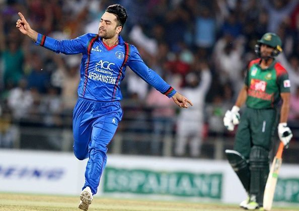 Rashid Khan has a bowling average of 15.09