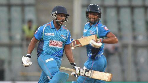 Shams Mulani (left) in action