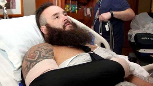 Braun Strowman could be suffering a minor injury.