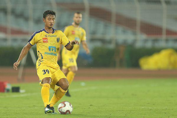 Lalruatthara, Kerala Blasters defender