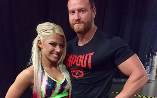 Page 2 - 5 WWE Couples that split up but still continued to work