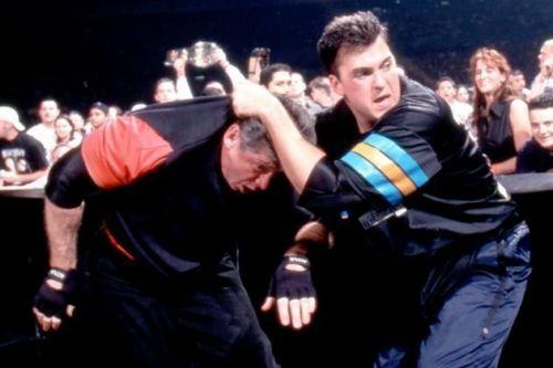 vince mcmahon vs shane mcmahon at wrestlemania x-seven
