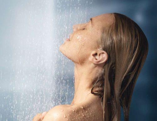 Image result for गर्म पानी से नहाएं
