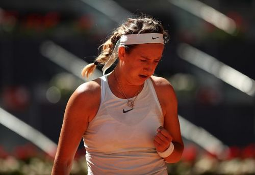 Victoria Azarenka gets the first round of the way in straight sets to win over Zhang Shuai at the Italian Open