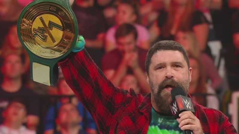 Mick Foley unveils the brand-new 24/7 Championship