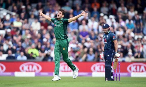 Shaheen afridi picks 4 wickets