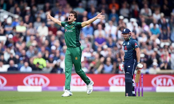 Shaheen afridi picks 4 wickets