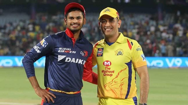 Shreyas Iyer and MS Dhoni (Image credits: iplt20.com)