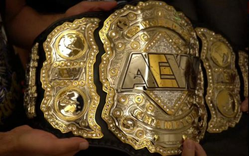 Who should lift this belt first?