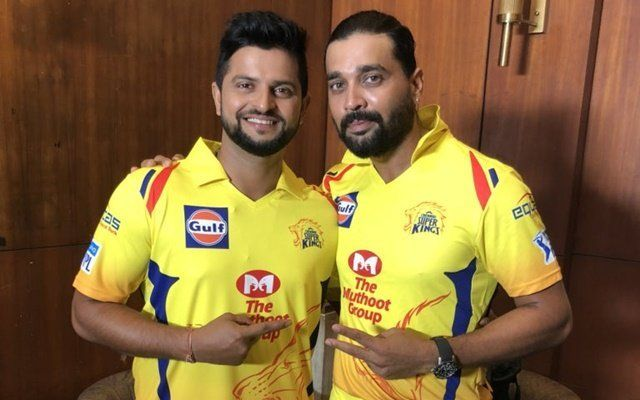 Murali Vijay (CSK) and Suresh Raina (CSK) each is the highest number of fours hit by a player in Qualifier 2