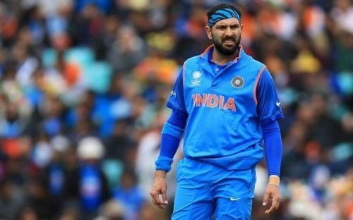 Yuvraj Singh is reportedly considering to retire from international cricket