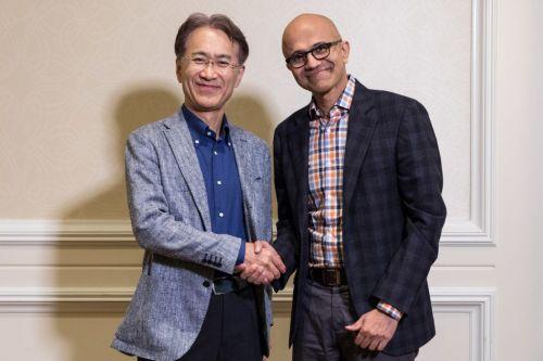 Kenichiro Yoshida, President and CEO, Sony Corporation (left), and Satya Nadella, CEO, Microsoft (photo courtesy of Microsoft)