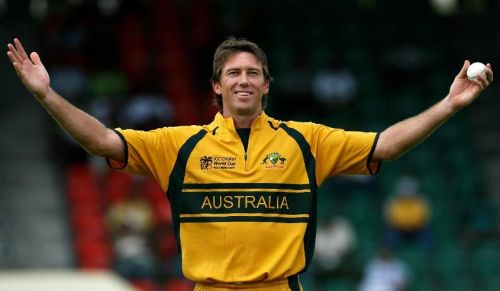 Glenn McGrath celebrating a wicket