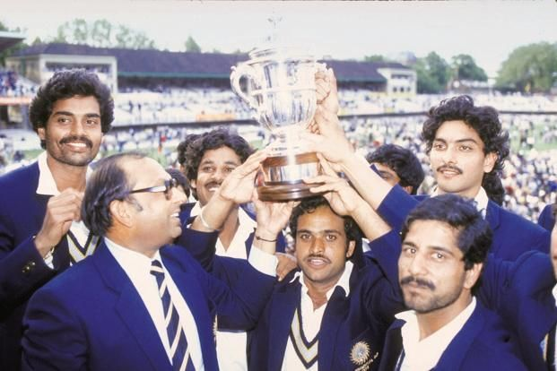 Indian team with 1983 World Cup Trophy
