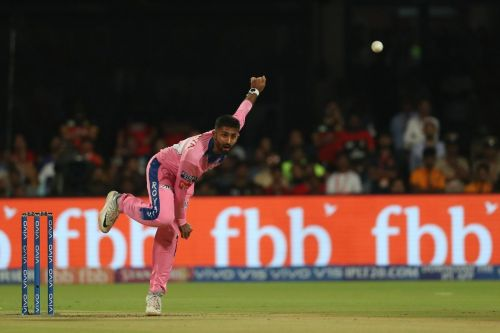 Shreyas Gopal's hattrick included Kohli as well ( Image Courtesy - BCCI/IPLT20.com)