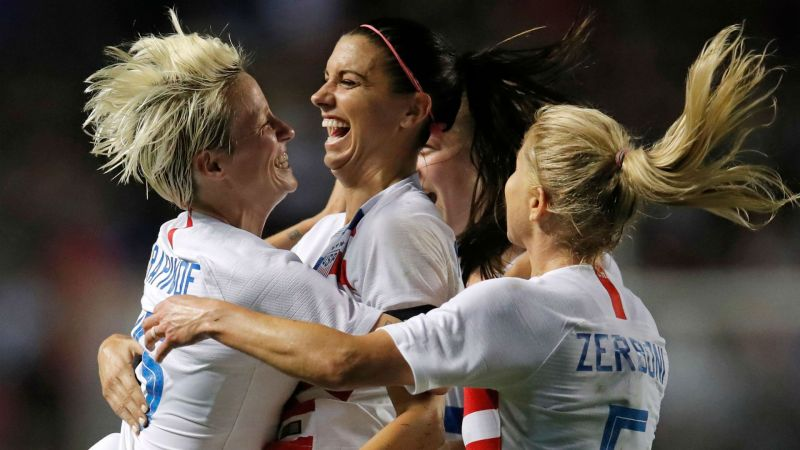 uswnt-alex-morgan-megan-rapinoe-10102018-usnews-getty-ftr