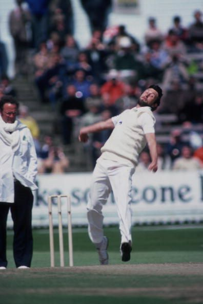 Mike Hendrick moved the ball around disconcertingly to wreck the Pakistani top-order.