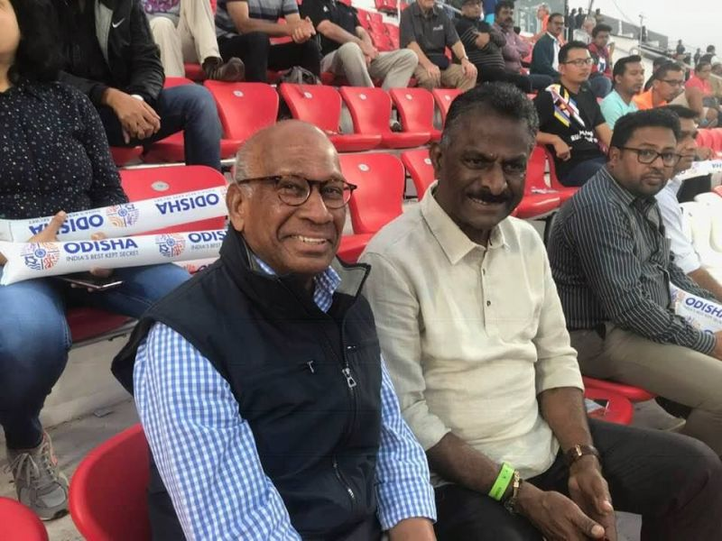 Tony Fernandes with 1980 Moscow Gold Medalist V Bhaskaran