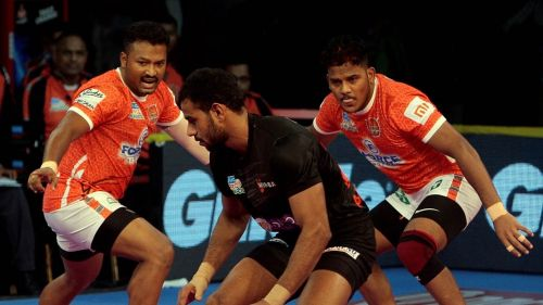 Girish Maruti Ernak was the star of Pune's defense