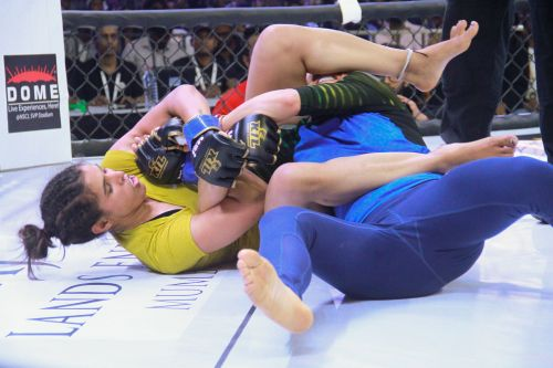 MMA fights at the Kumite 1 League Moh