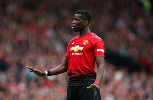 Manchester United's Paul Pogba sets for Juventus switch