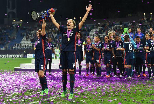 VfL Wolfsburg v Olympique Lyonnais - UEFA Women