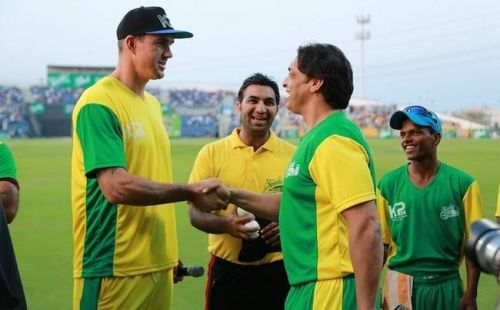 Kevin Pietersen and Shoaib Akhtar