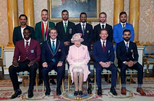 Cricket World Cup 2019 captains pose with Queen Elizabeth