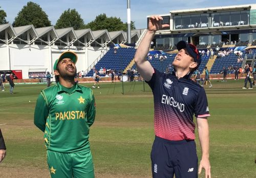Sarfraz Ahmed and Eoin Morgan