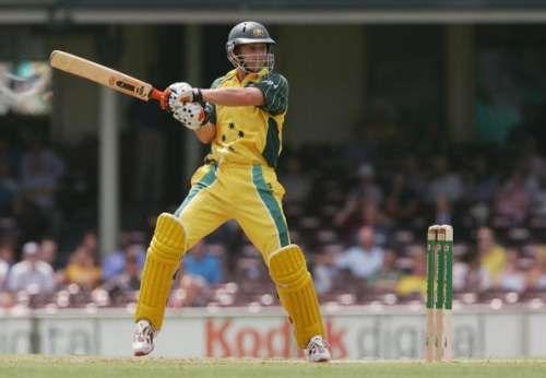 Adam Gilchrist scored 9619 ODI runs for Australia