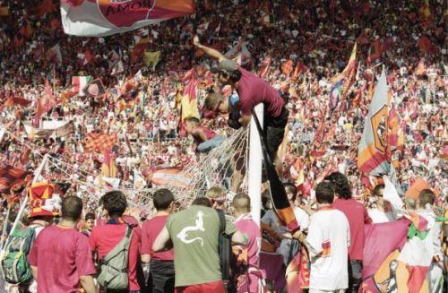 AS Roma fans celebrate the Scudetto win in 2001