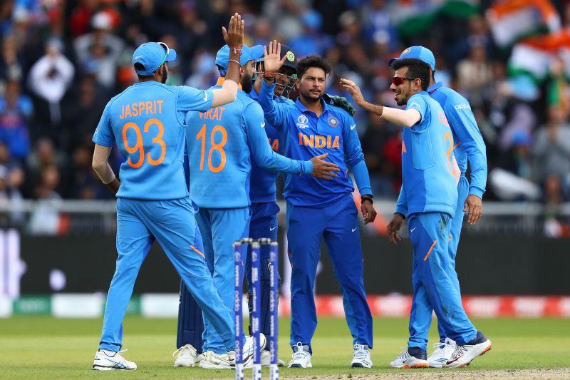 Kuldeep Yadav picked up 2 key wickets that sent the Pakistani batting down a spiral