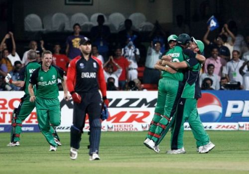 Ireland players celebrAlso read -ate after defeating England in the 2011 World Cup