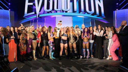 The closing moments of WWE Evolution showed the entire women's roster celebrating a piece of wrestling history!