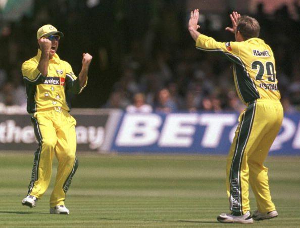 रिकी पोंटिंग और इयान हार्वे - वर्ल्ड कप 2003: ऑस्ट्रेलिया बनाम पाकिस्तान
