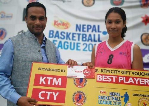 Alina Gurung (R) of Samriddhi Gorillas was adjudged player of the match