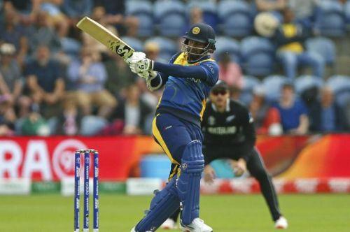 Dimuth Karunaratne carried through his bat