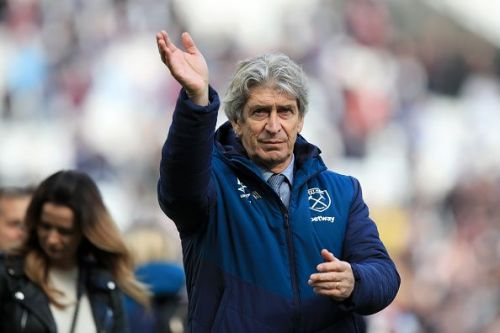 Manuel Pellegrini will make his third signing of the season after agreeing on deals with Roberto and David Martin earlier in the transfer window