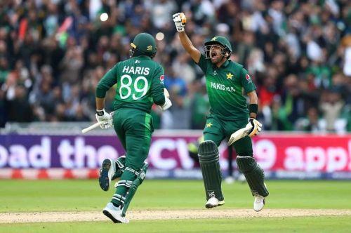 पाकिस्तान ने न्यूज़ीलैंड को 6 विकेट से हराया