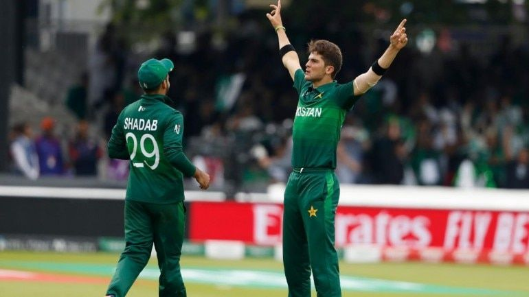 Pakistan keep their semi-finals hopes alive with a 49-run win over South Africa