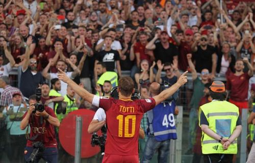 The incredible scenes that marked Totti's retirement in 2017