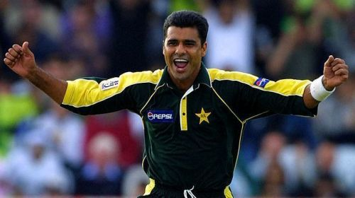 Waqar Younis was a name which frightened batsmen worldwide and his ability to bowl devastating yorker deliveries